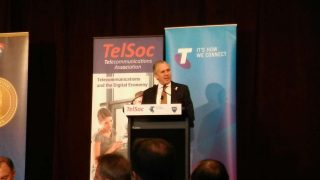 Telstra CEO Andy Penn urges innovation rethink