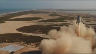 SpaceX successfully tests Starhopper rocket