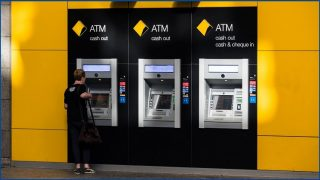 Customers rage at CommBank IT outage