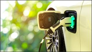 Shorten: Australia on track for 50% electric cars by 2030