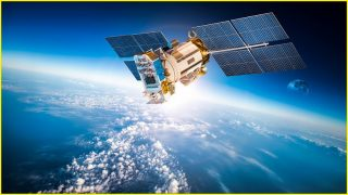 Worldwide internet with just four satellites?
