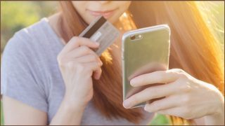 Government cracks down on phone scams