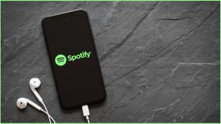 Apple and Spotify come to blows