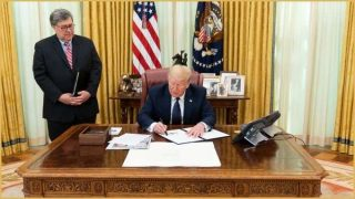 Trump signs social media executive order